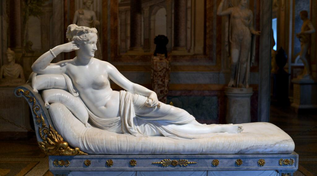 Antonio Canova, Paolina Borghese come Venere Vincitrice, altezza cm 92, con il letto cm 160 (Galleria Borghese, Roma), marmo di Carrara, 1804-1808.